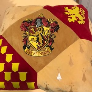 Harry Potter gold and red decorator pillow